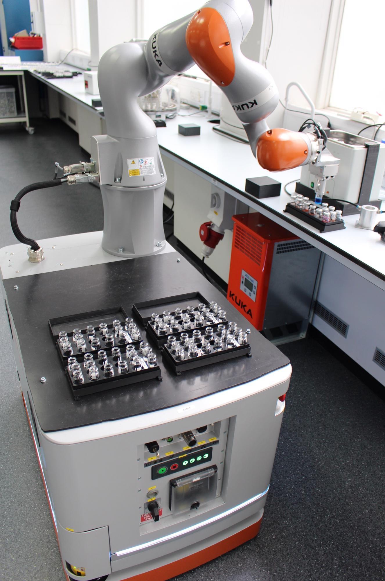 robot chemist, lab automation