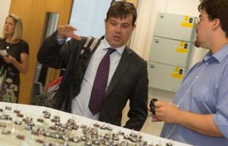 BIS' Chief Scientific Adviser Visits Sheffield Robotics